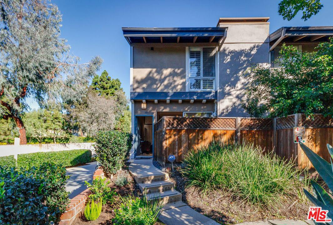 Photo of 6225 GREEN VALLEY CIR, Culver City, CA 90230