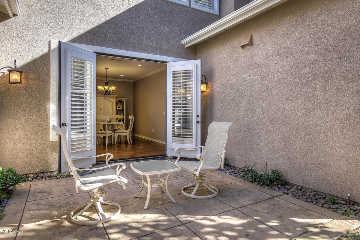 5086 VIA ALAMITOS, Newbury Park, CA 91320 - courtyard-2