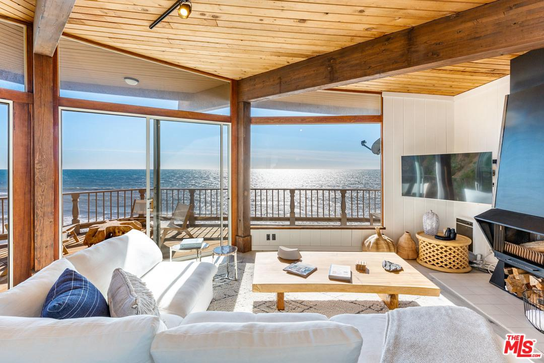 11952 BEACH CLUB, Malibu, CA 90265