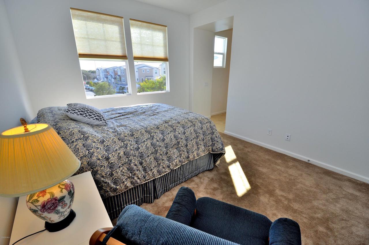 3717 ISLANDER WALK, Oxnard, CA 93035 - Upper Level Master Bed 2