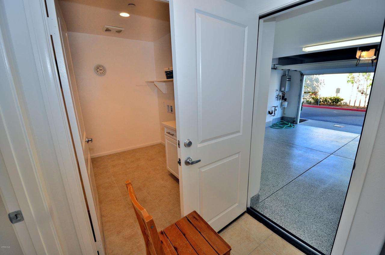 3717 ISLANDER WALK, Oxnard, CA 93035 - Ground Level Garage Entry