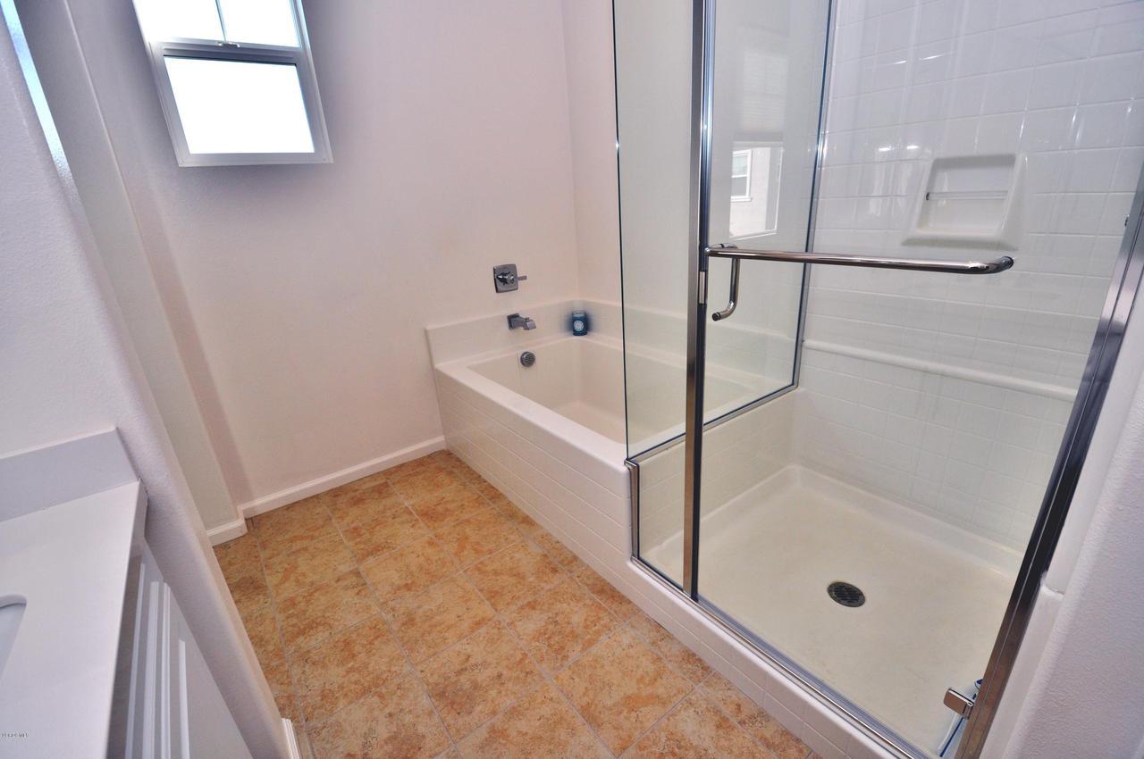 3717 ISLANDER WALK, Oxnard, CA 93035 - Upper Level Master Bath 3