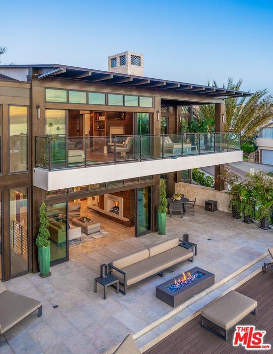1901 MANHATTAN, Hermosa Beach, CA 90254