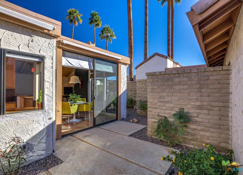 2466 LINDEN, Palm Springs, CA 92264