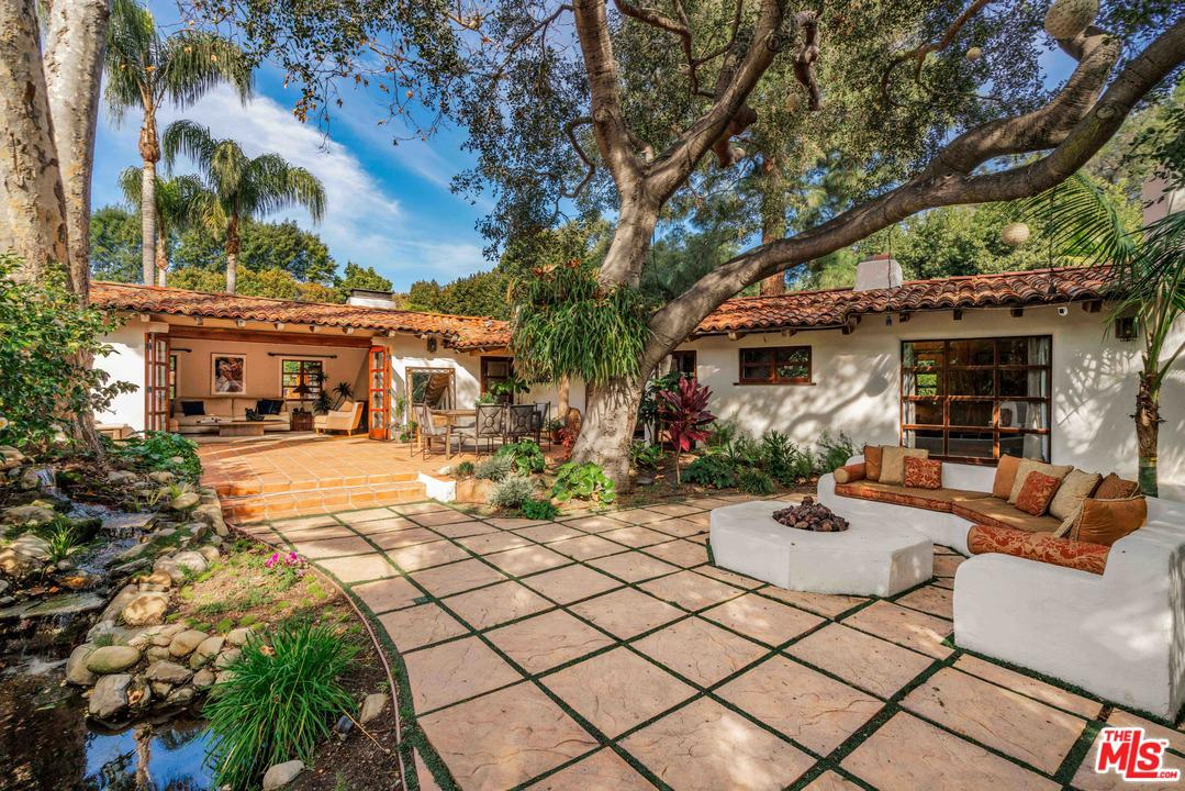 Photo of 1920 MANDEVILLE CANYON RD, Los Angeles, CA 90049