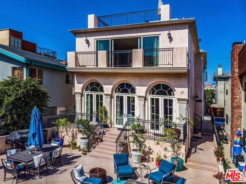 17 PRIVATEER, Marina Del Rey, CA 90292