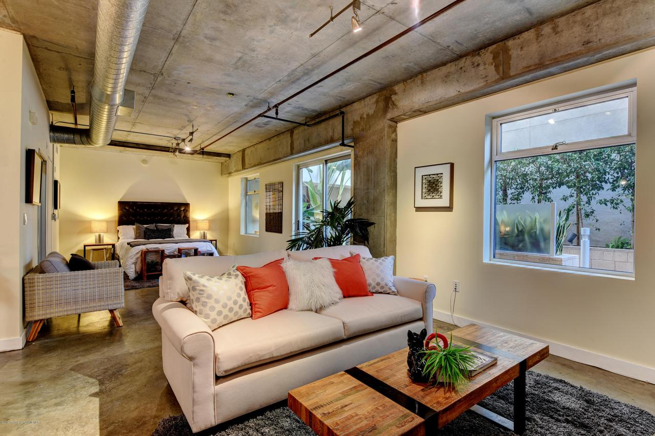 645 9TH, Los Angeles (City), CA 90015 - living-bedroom