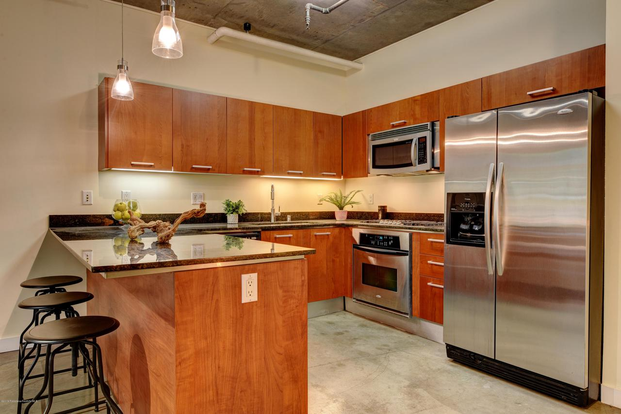 645 9TH, Los Angeles (City), CA 90015 - kitchen