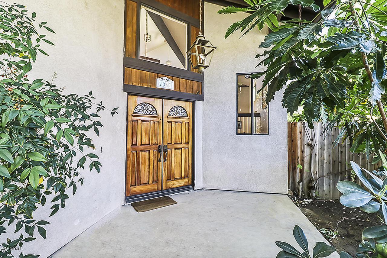 2067 STILMAN, Simi Valley, CA 93063 - aFront4