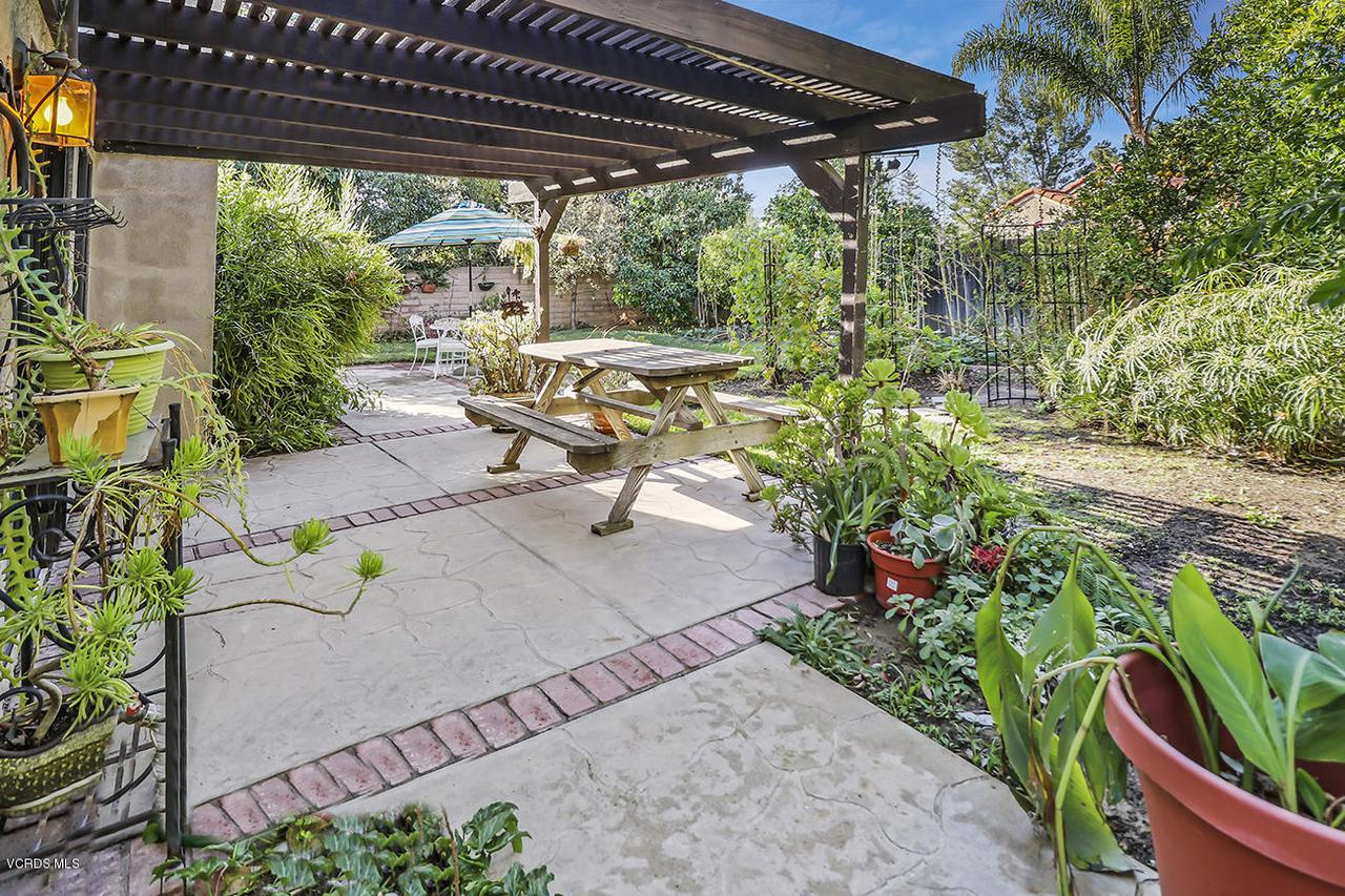 2067 STILMAN, Simi Valley, CA 93063 - mBackyard1