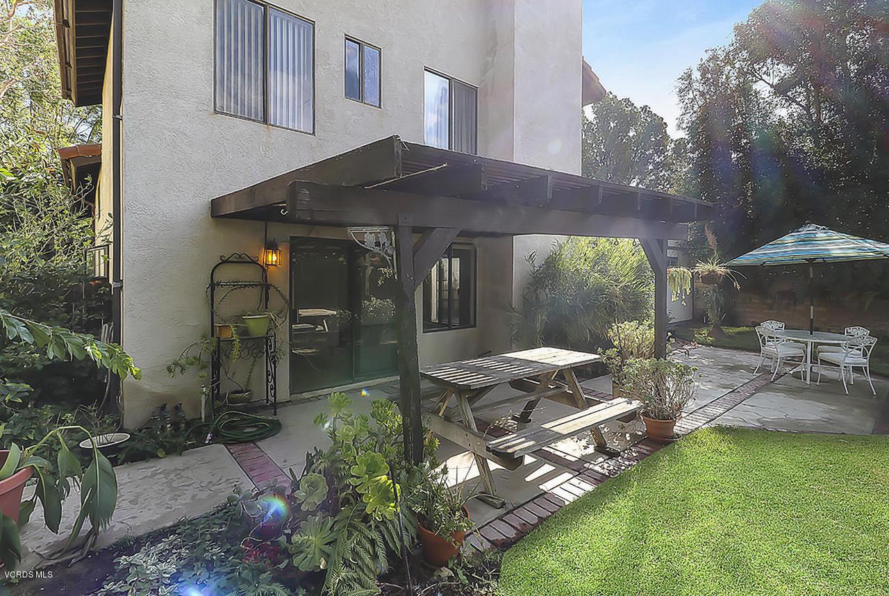 2067 STILMAN, Simi Valley, CA 93063 - mBackyard2