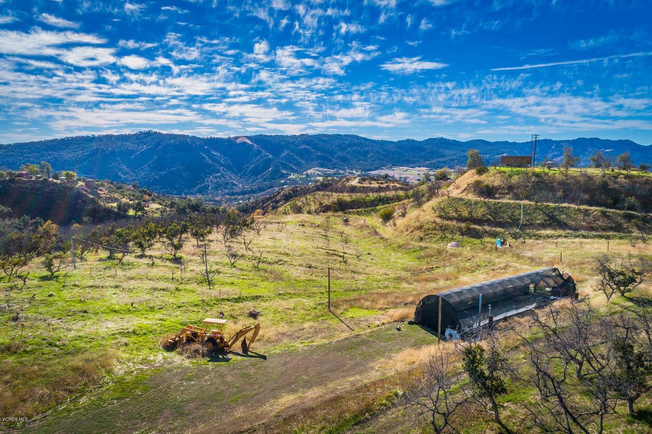 13001 KOENIGSTEIN, Santa Paula, CA 93060 - 3 - DJI_0038b-adj1