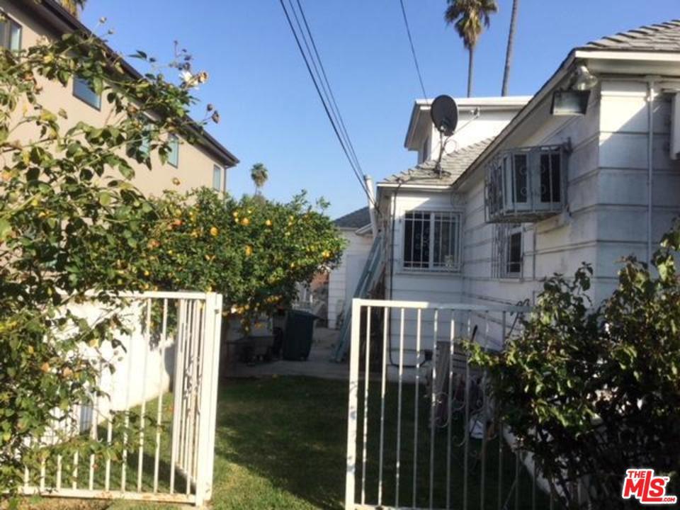 3815 DEGNAN, Los Angeles (City), CA 90008