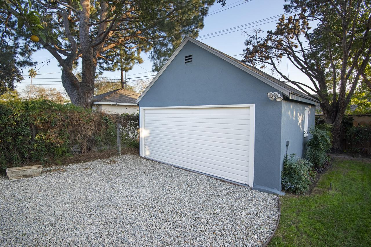 2080 QUEENSBERRY, Pasadena, CA 91104 - CJC_8187C
