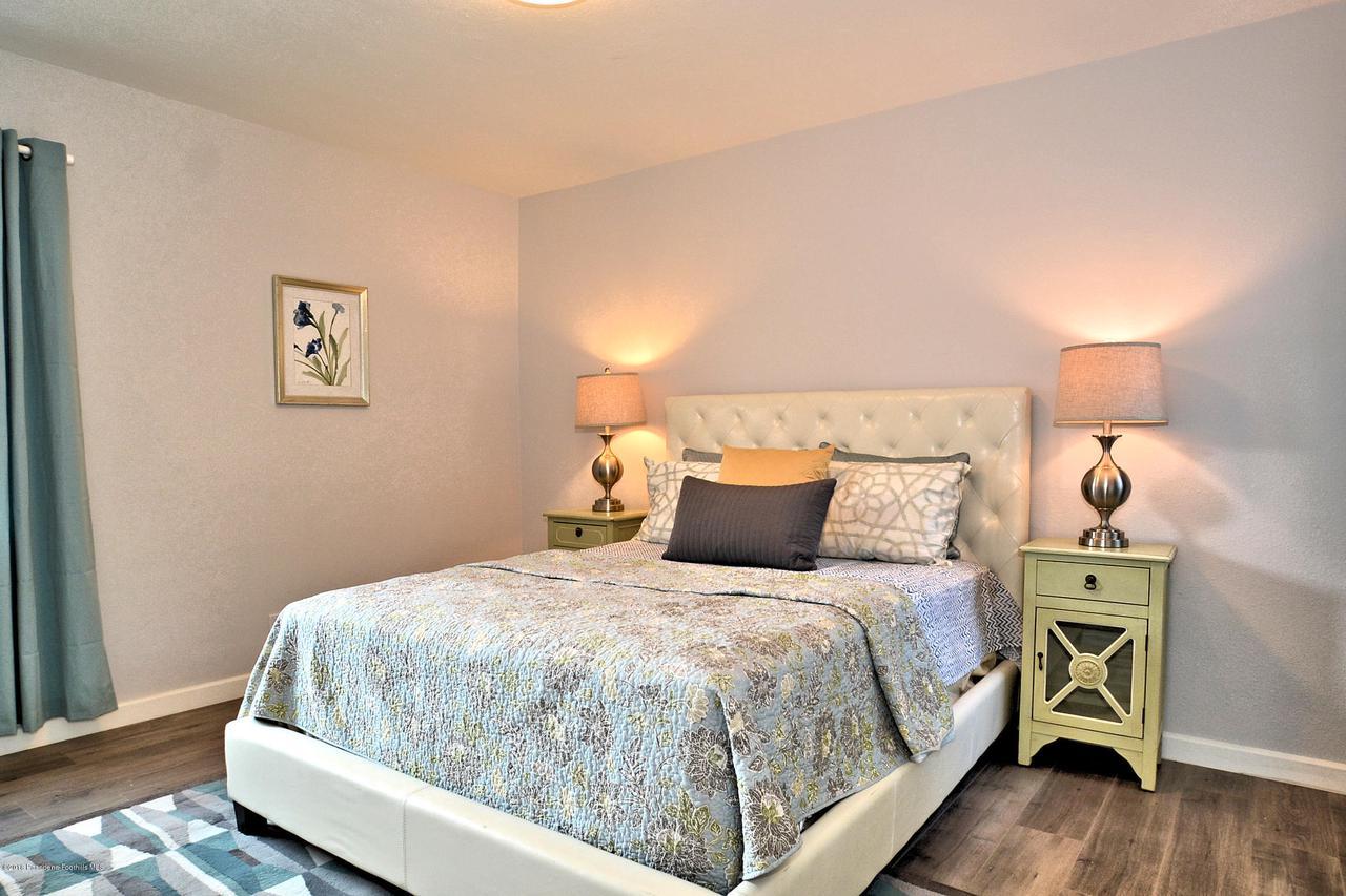 878 MORADA, Altadena, CA 91001 - 878 bedroom 2
