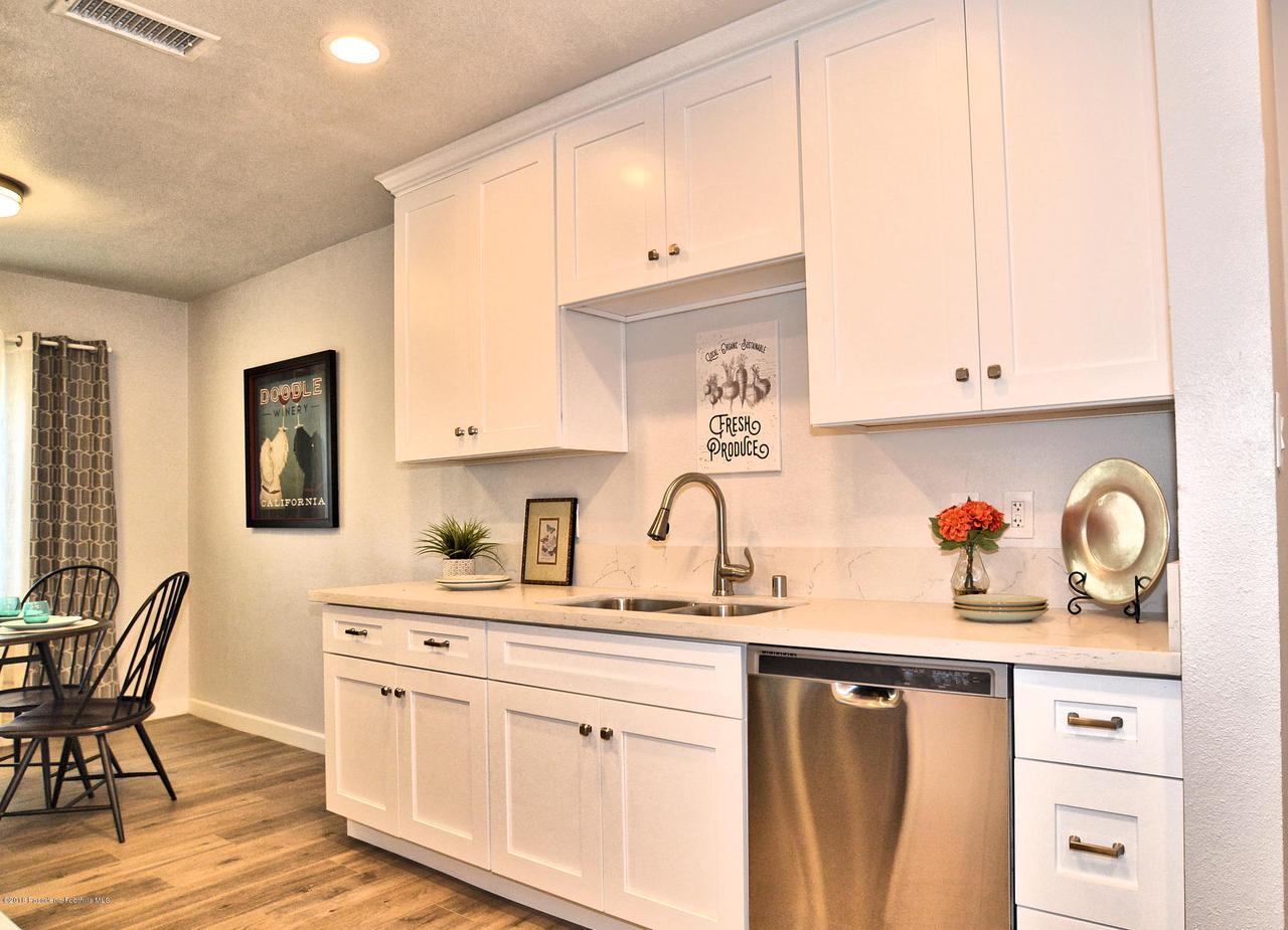 878 MORADA, Altadena, CA 91001 - 878 Kitchen sink side