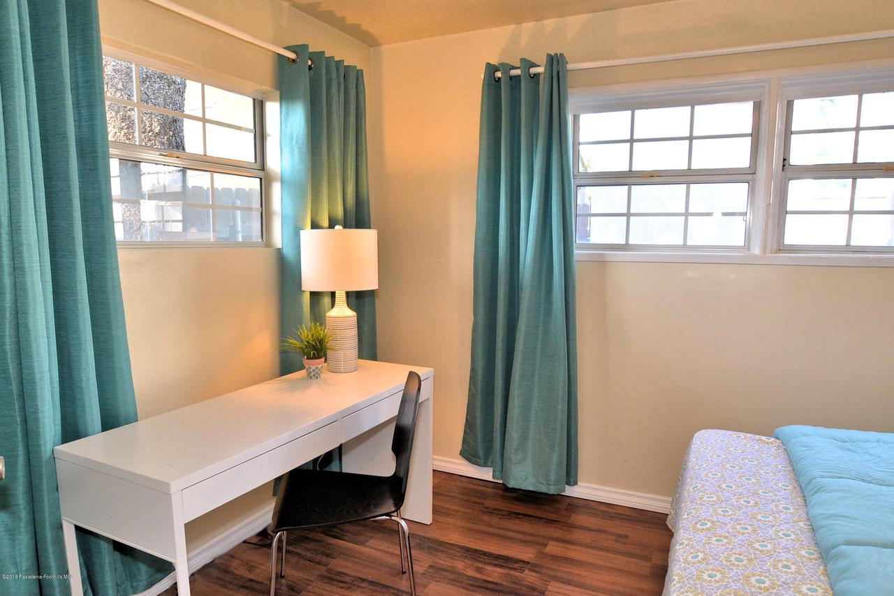 878 MORADA, Altadena, CA 91001 - 888 bedroom 2c