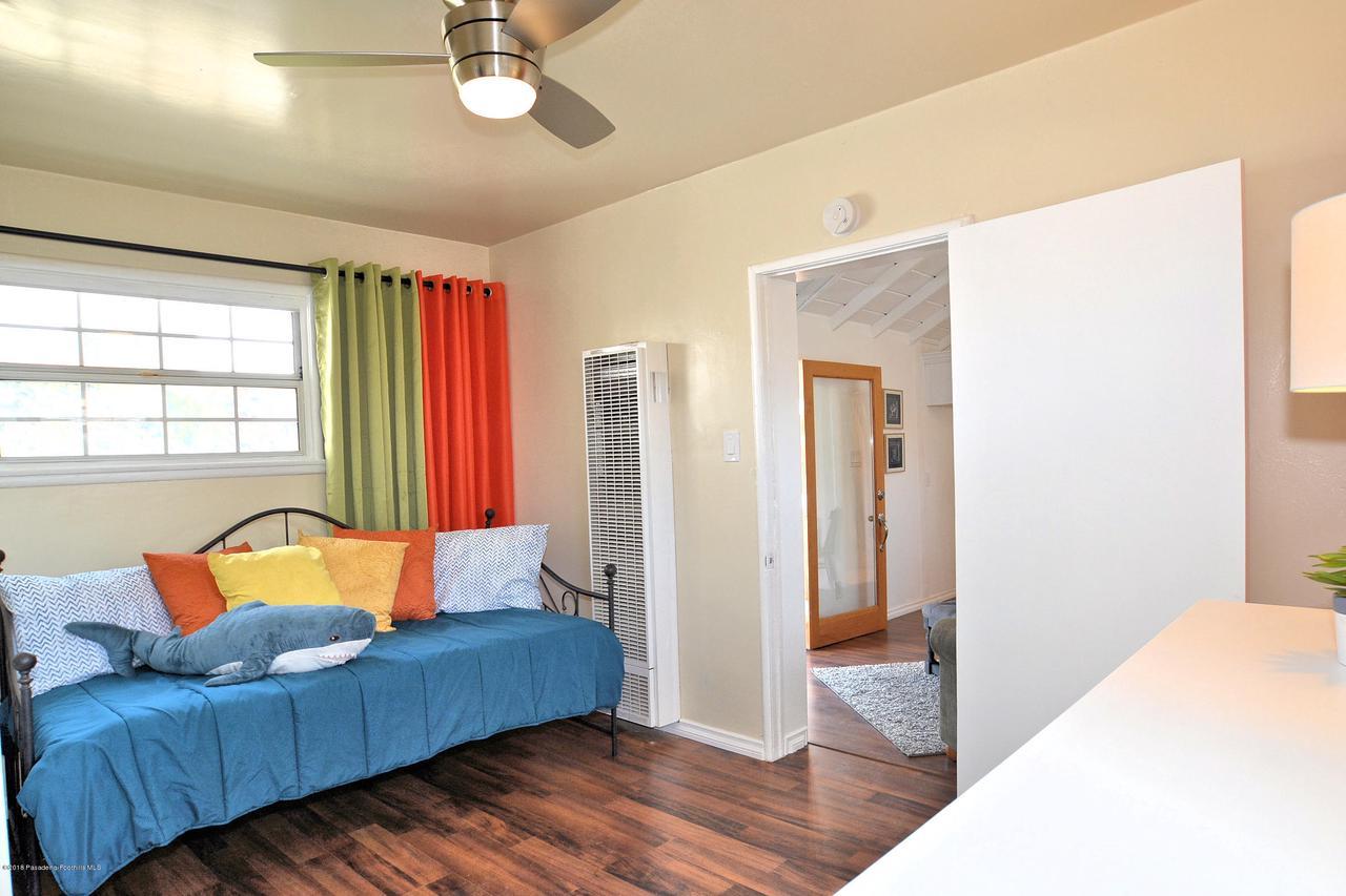878 MORADA, Altadena, CA 91001 - 888 bedroom 1b