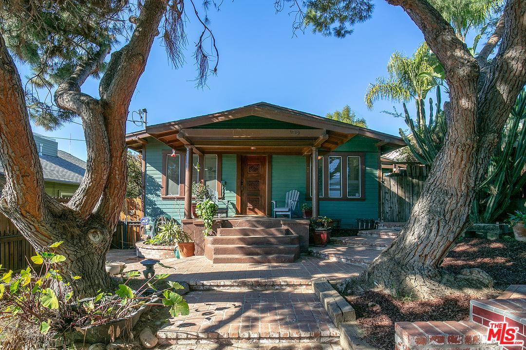 1839 LEMOYNE, Los Angeles (City), CA 90026
