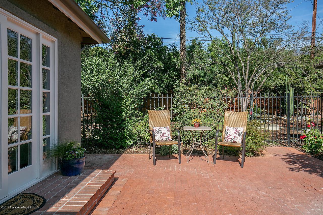 2241 BRIGDEN, Pasadena, CA 91104 - 2241 Brigden Rd 032-mls