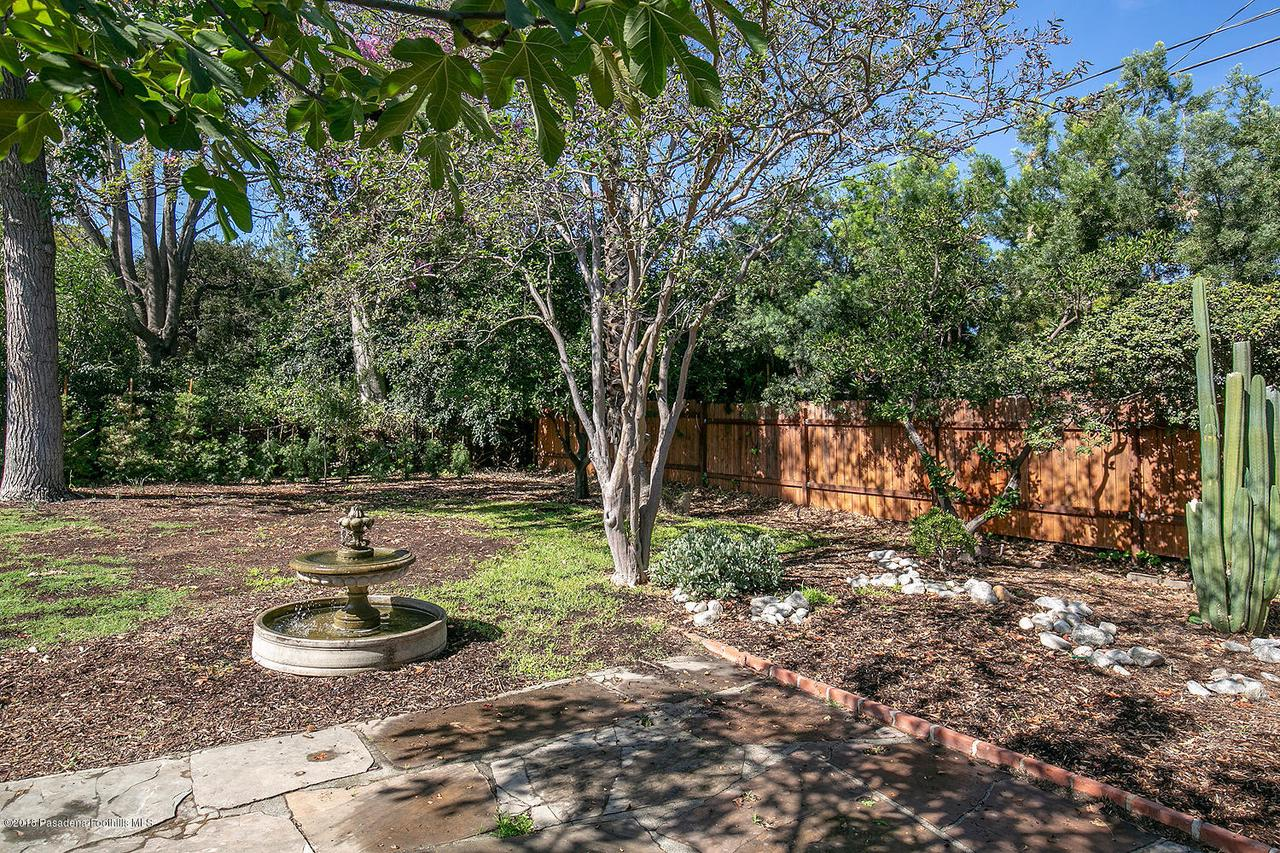 2241 BRIGDEN, Pasadena, CA 91104 - 2241 Brigden Rd 036-mls