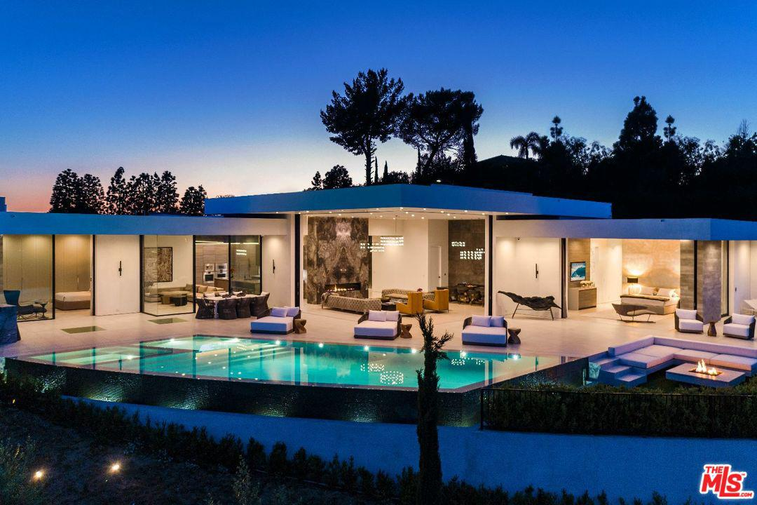 Photo of 2200 SUMMITRIDGE DR, Beverly Hills, CA 90210
