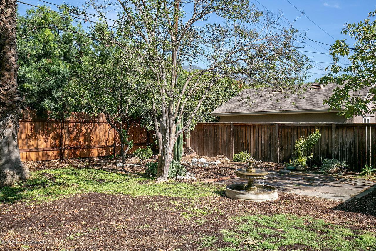 2241 BRIGDEN, Pasadena, CA 91104 - 2241 Brigden Rd 034-mls
