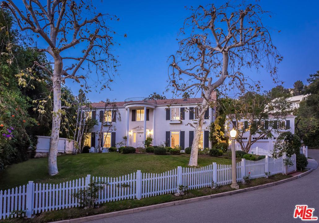1465 LINDACREST, Beverly Hills, CA 90210
