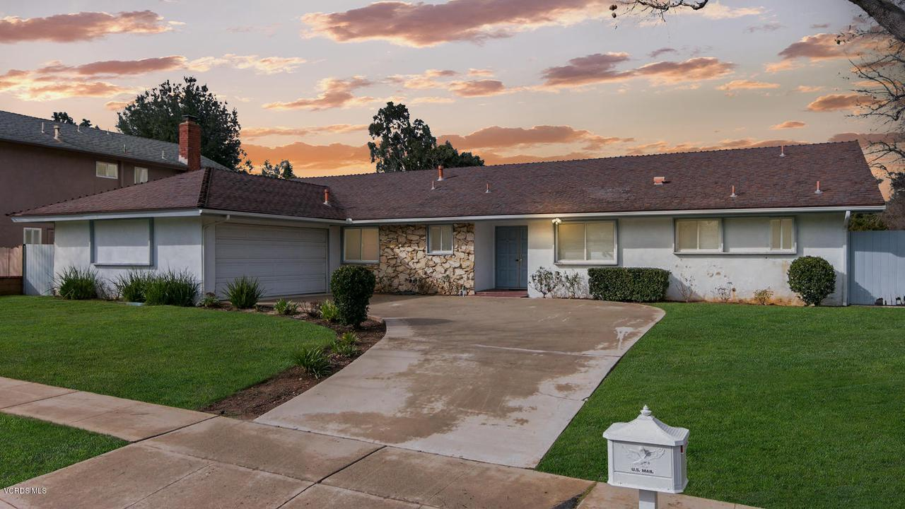 1025 TUTTLE, Simi Valley, CA 93065 - Front