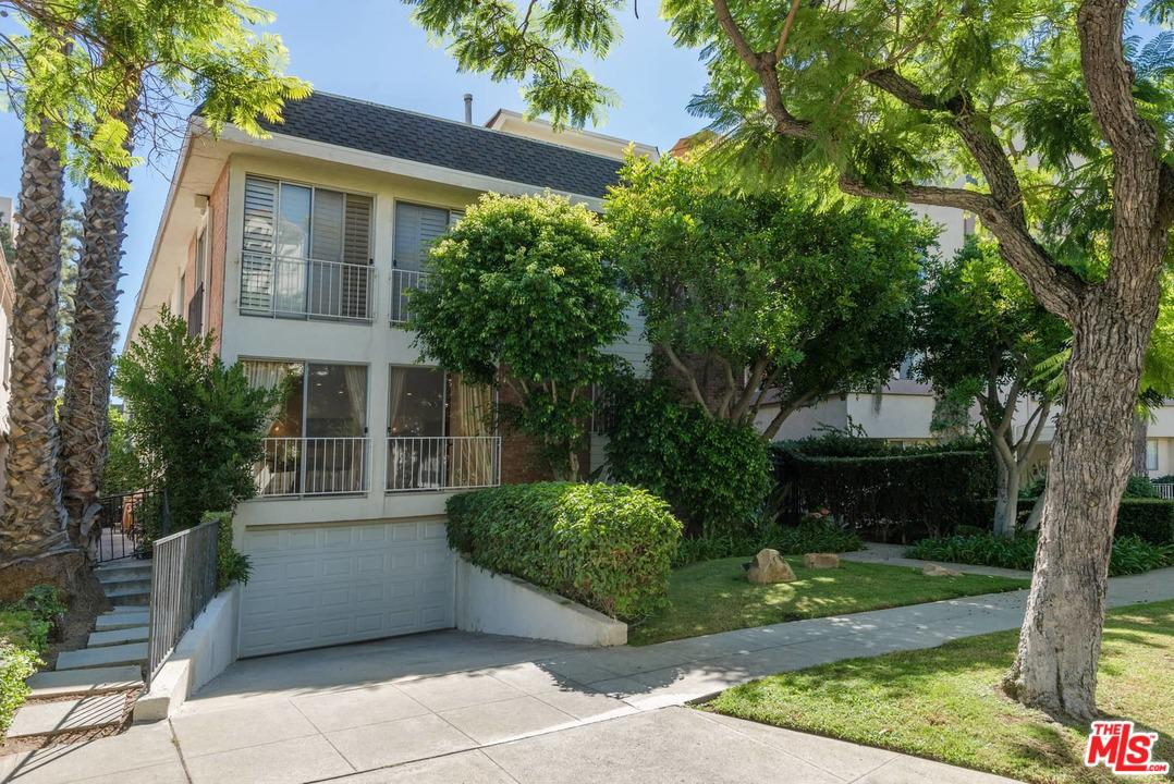 438 PALM, Beverly Hills, CA 90210