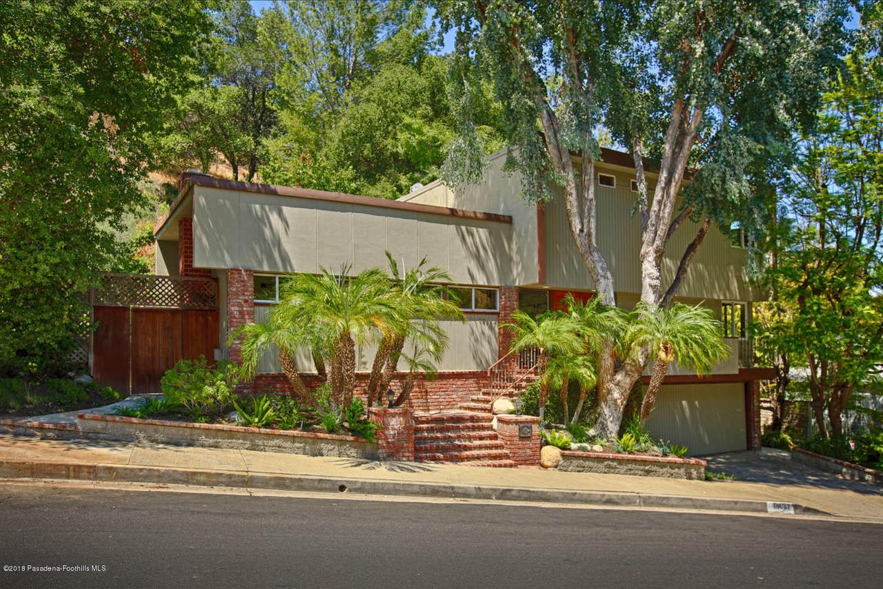 16987 ESCALON, Encino, CA 91436 - MLS_IMG_2390_HDR