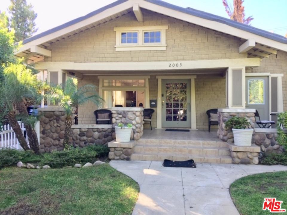 2005 BEACHWOOD, Los Angeles (City), CA 90068
