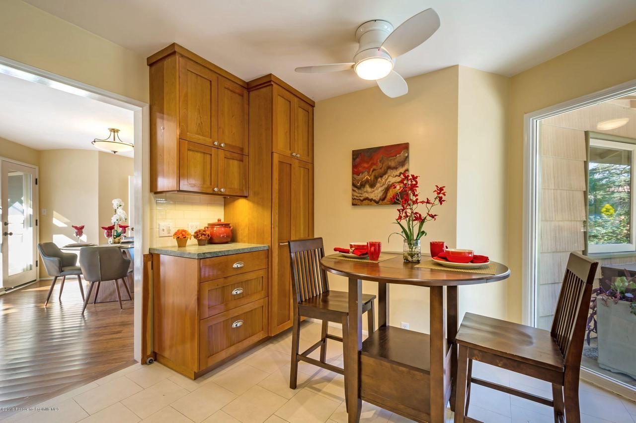 1976 LOMA ALTA, Altadena, CA 91001 - 1976 kitchen to dinng rm