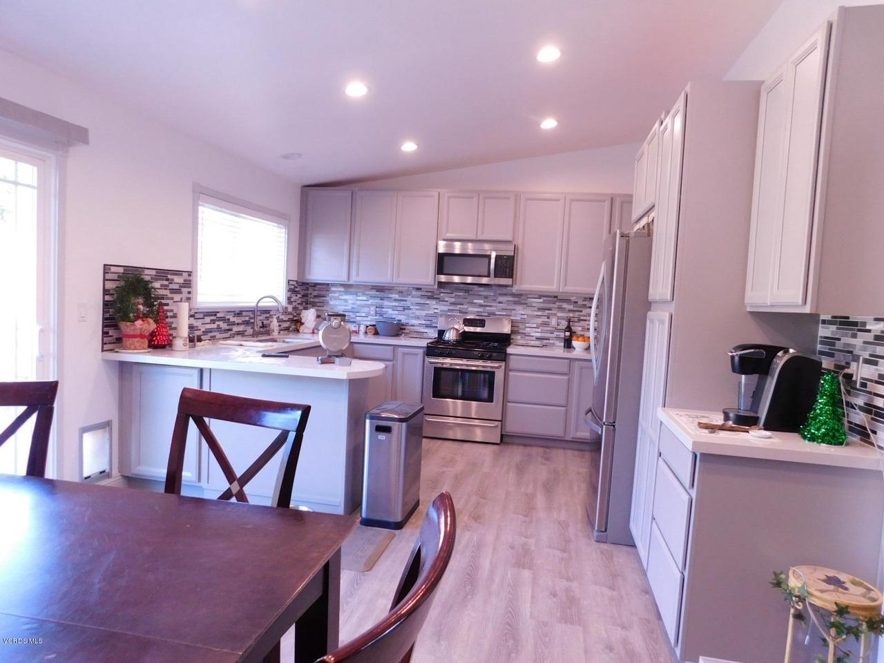6489 DUKE, Moorpark, CA 93021 - B_Kitchen 5