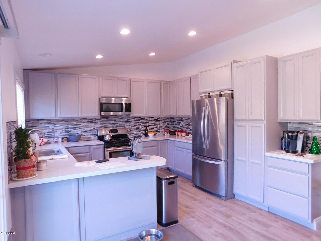 6489 DUKE, Moorpark, CA 93021 - B_Kitchen 4