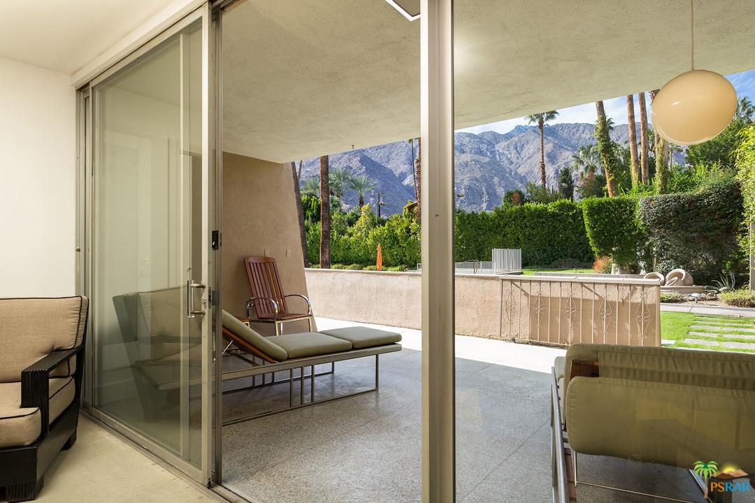 197 VIA LOLA, Palm Springs, CA 92262
