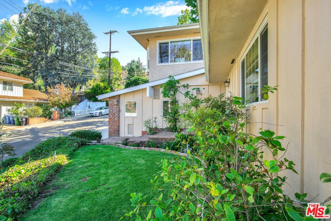 14838 JADESTONE, Sherman Oaks, CA 91403
