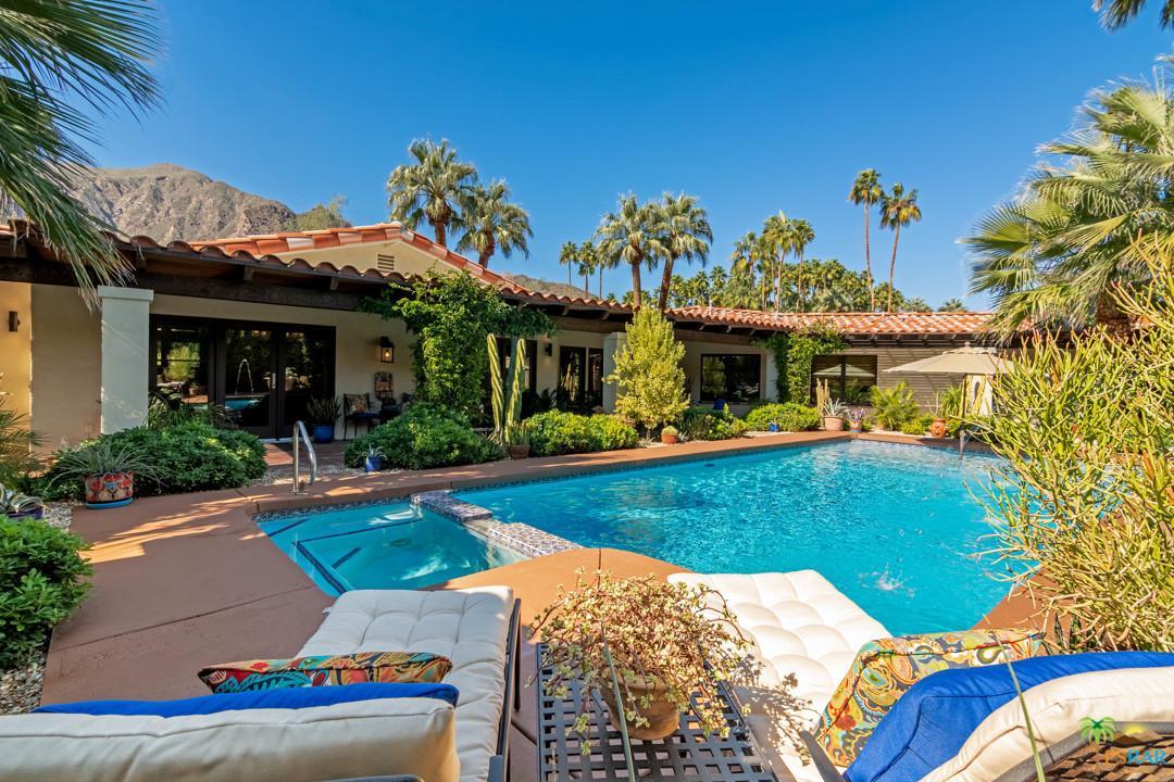 555 VIA LOLA, Palm Springs, CA 92262
