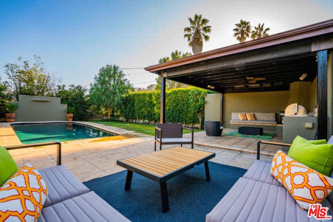 3340 BONNIE HILL, Los Angeles (City), CA 90068