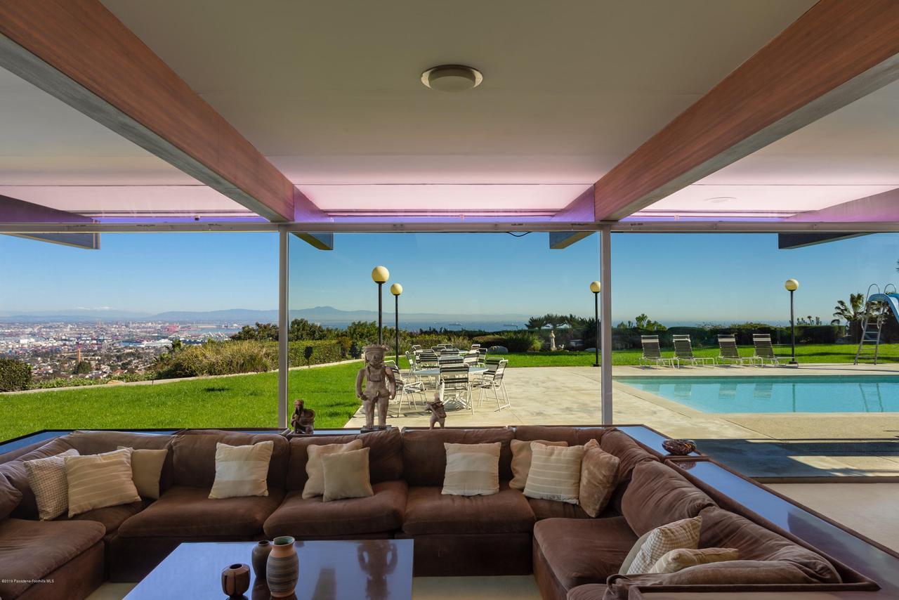 2209 DALADIER, Rancho Palos Verdes, CA 90275 - family room 2 L full
