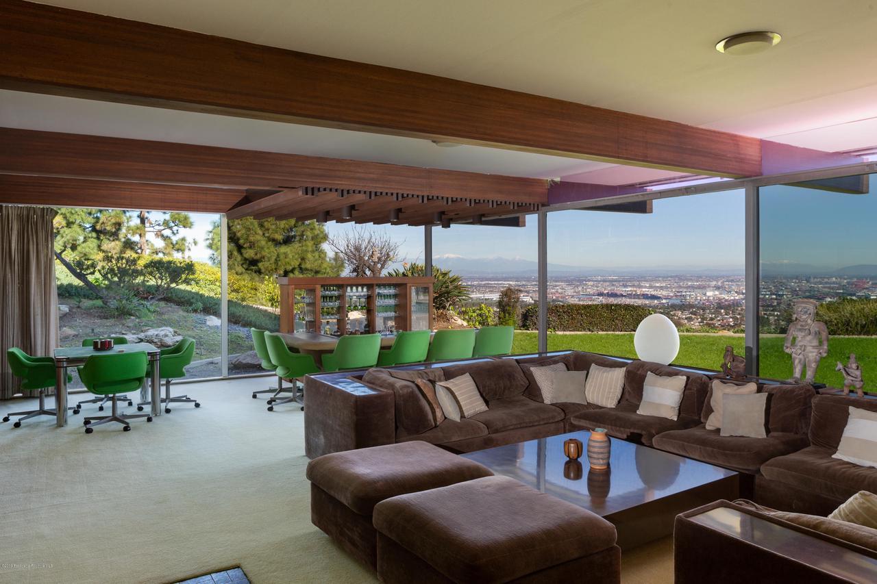 2209 DALADIER, Rancho Palos Verdes, CA 90275 - family rm full