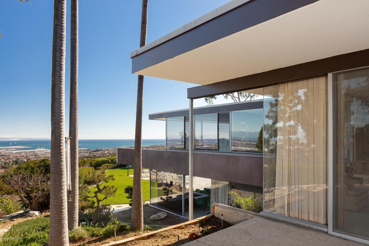 2209 DALADIER, Rancho Palos Verdes, CA 90275 - master patio full