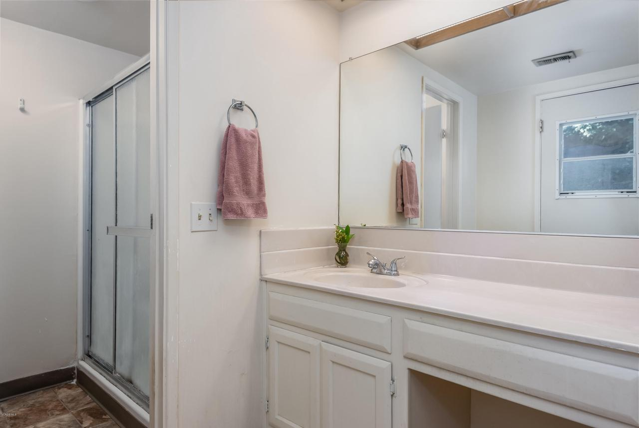 392 SAUL, Ventura, CA 93004 - 022_18-Bathroom 3