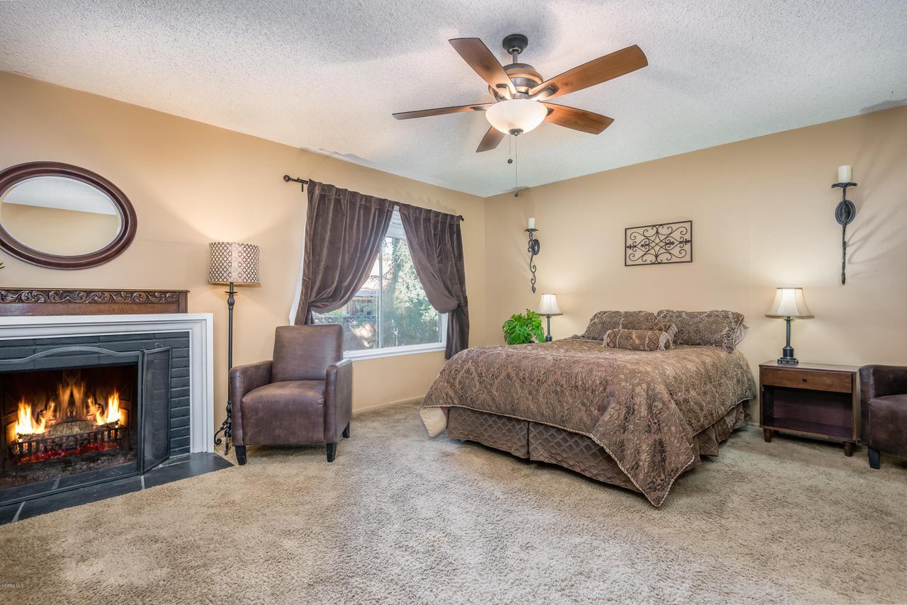 392 SAUL, Ventura, CA 93004 - 019_15-Master Bedroom