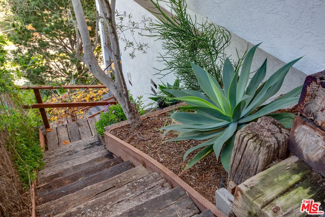 8110 CALABAR, Playa Del Rey, CA 90293