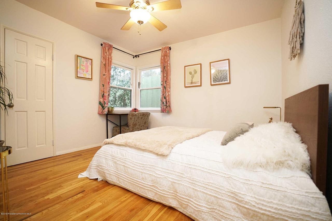 3483 GLENROSE, Altadena, CA 91001 - Bedroom 1