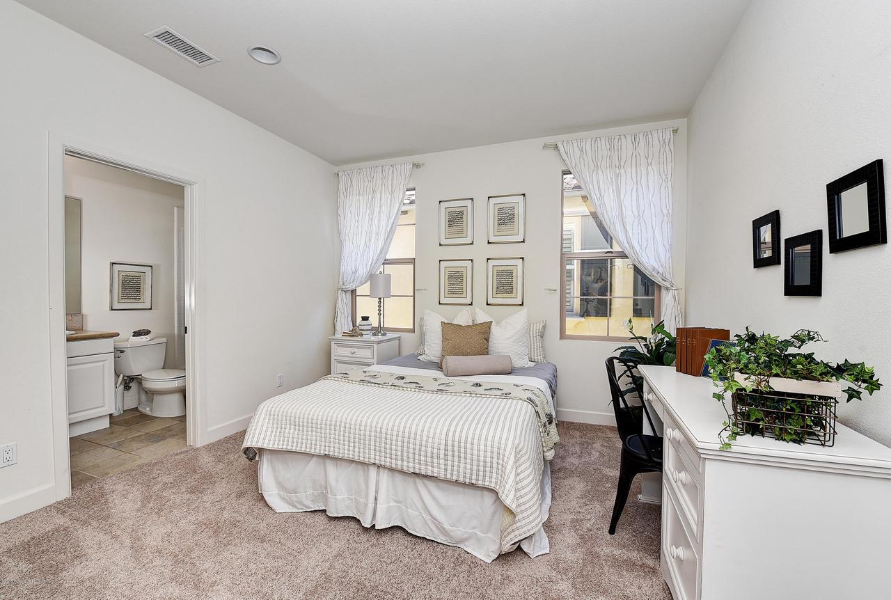 27 LAND BIRD, Irvine, CA 92618 - Bedroom #3