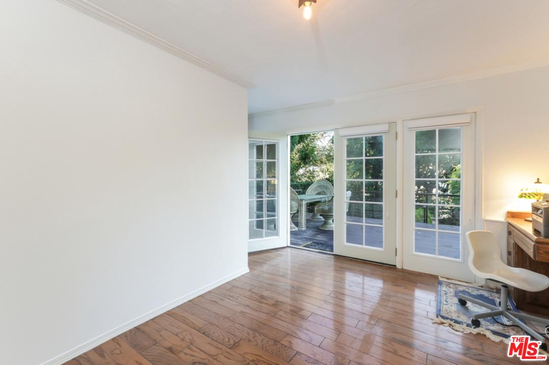 2537 PANORAMA, Los Angeles (City), CA 90039