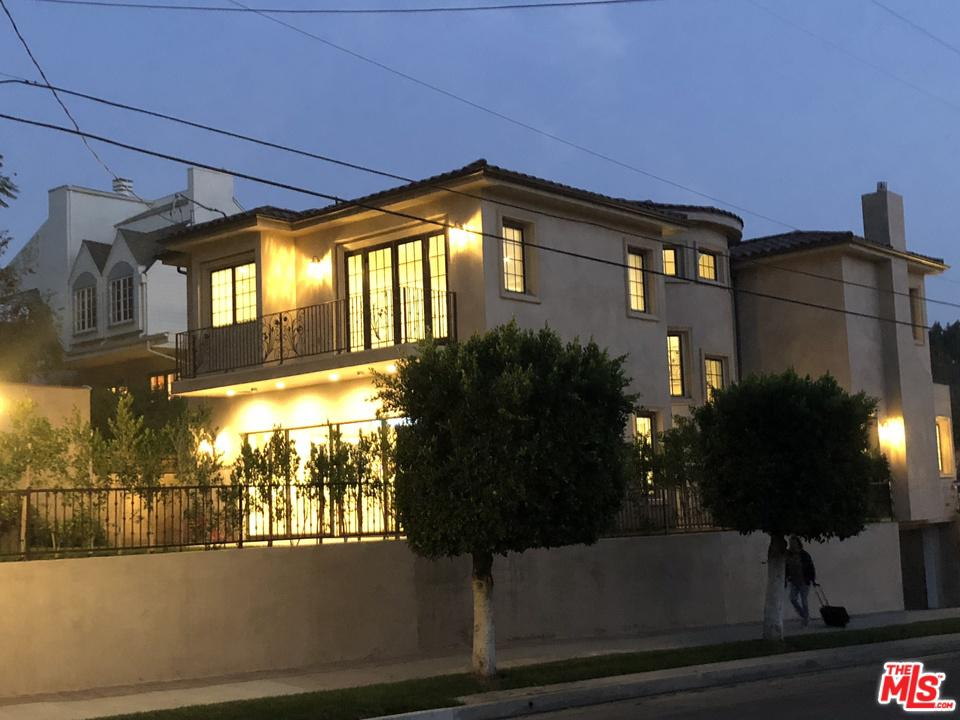 1320 MANNING, Los Angeles (City), CA 90024
