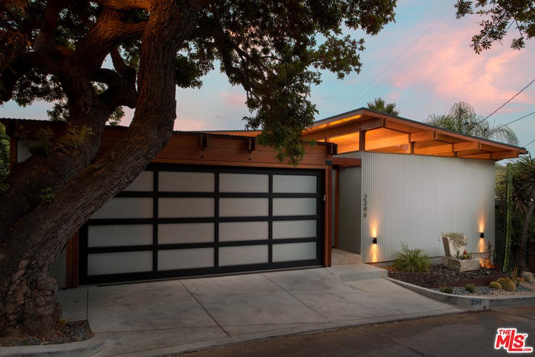 2346 LYRIC, Los Angeles (City), CA 90027